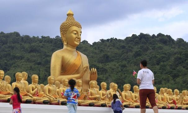 Buddhist Wesak festival